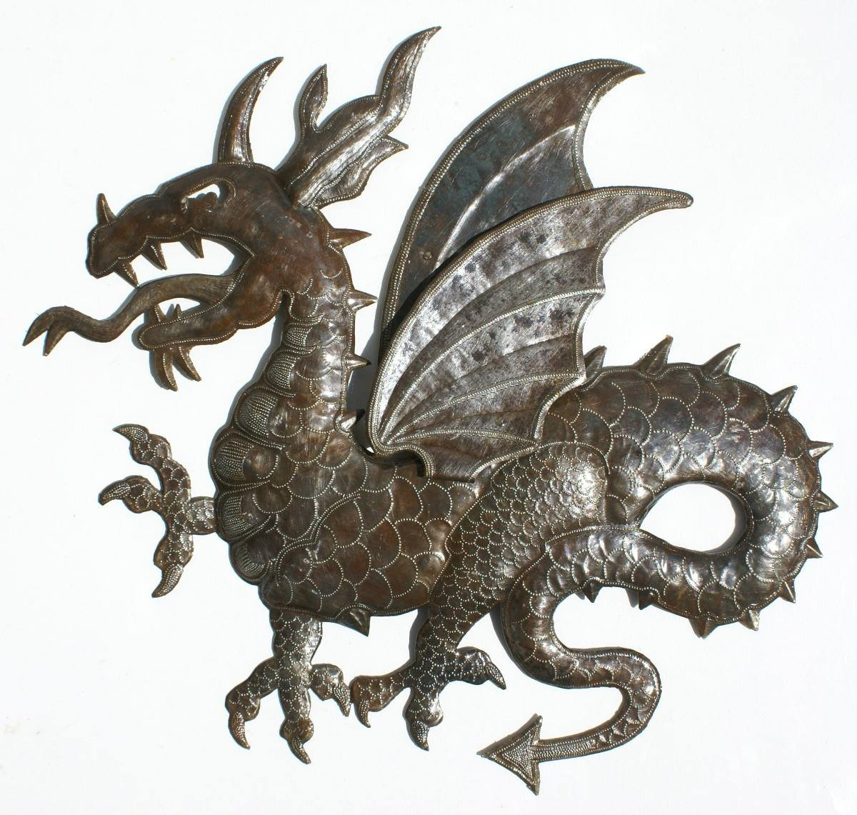 El dragon de metal decoracion mural para pared de 60cm for Adornos pared metal