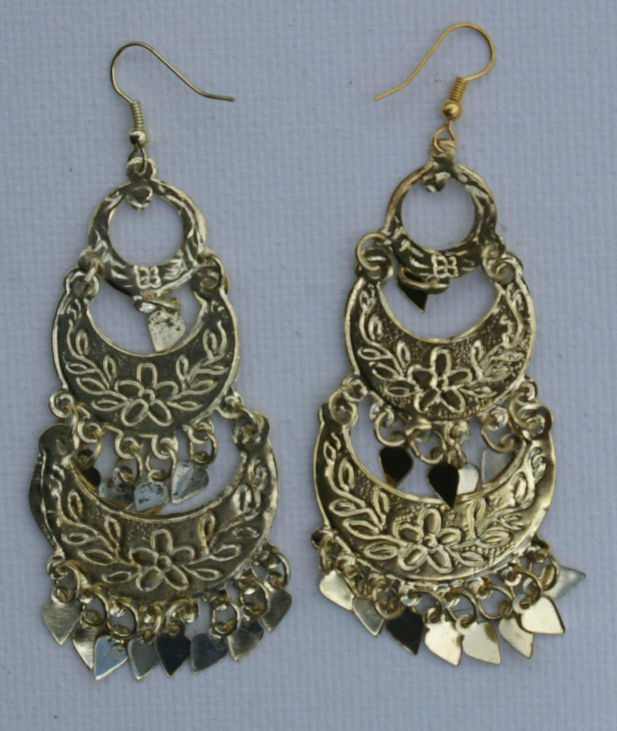 ee6c072c865d Aretes egipcios hechos de metal amarillo bisuteria etnica -  4.50 ...